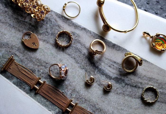 Buying Antique Jewelry Online
