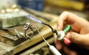 Jewelry Repair Professionals in Minneapolis, MN